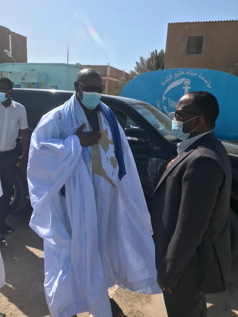 زعيم المعارضة الموريتانية يزور ميناء خليج الراحة