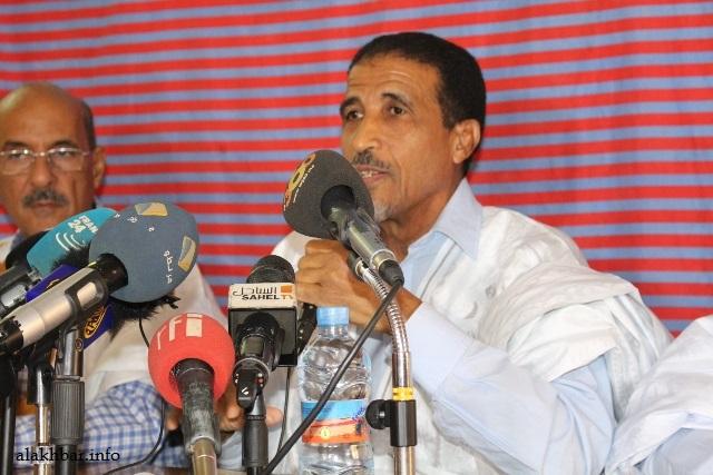المعارضة تدعوا الى القطيعة مع النظام السابق