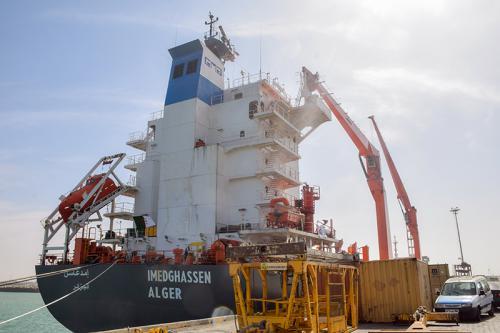 وصول سفينة جزائرية لميناء نواكشوط في أول رحلة  عبر الخط البحري الجديد بين البلدين