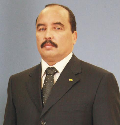 ولد عبد العزيز يطلب الأذن  لتشييع جثمان الرئيس اتشادي الراحل