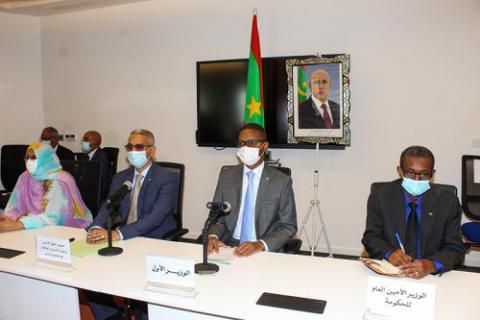 الوزير الأول يجتمع مع مسؤولي مفوضية حقوق الانسان
