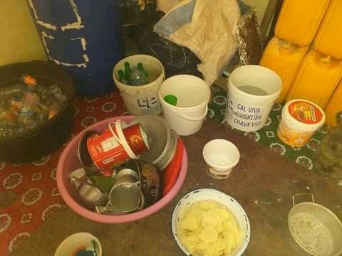 الشرطة بالسبخة تضبط سيدة أجنبية تدير مصنع لخمور سمسم