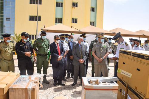 الإدارة العامة للأمن تتسلم هدية من المعدات الأمنية مقدمة من إسبانيا