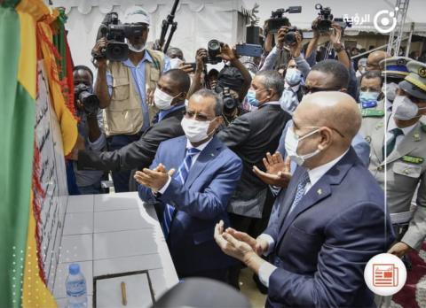 رئيس الجمهورية يضع الحجر الأساس لبناء جسرين بالعاصمة نواكشوط