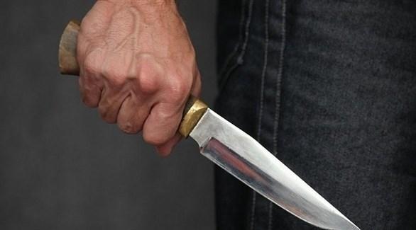 عصابة اجرامية تعتدي على أحد افرادها وتلوذ بالفرار