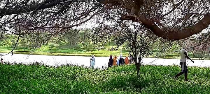 السلطات تغلق منتزه جوخة أمام الزوار