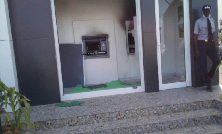 حريق في احد المصارف البنكية في نواكشوط