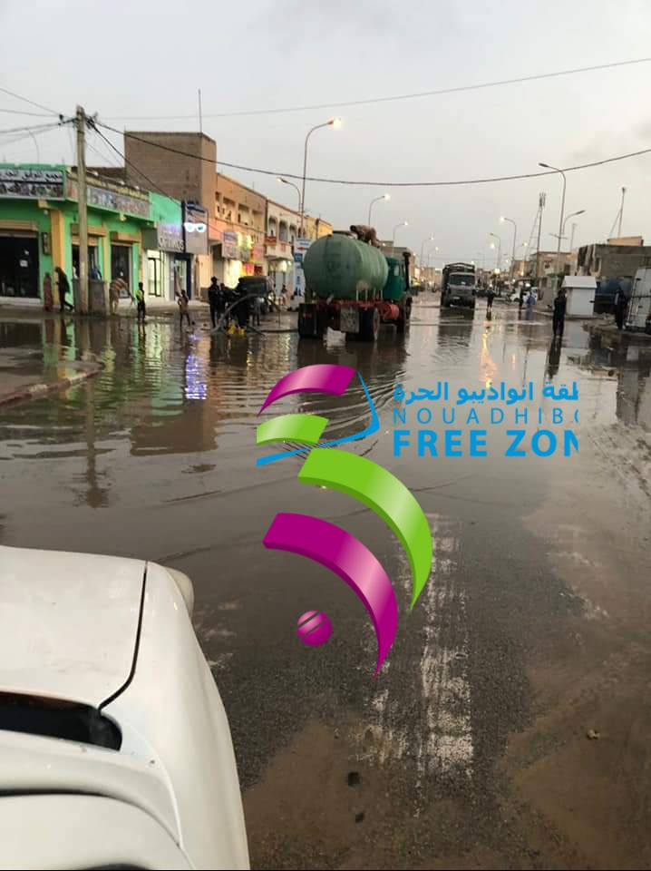 سلطة منقطة نواذيبو الحرة كانت سباقة في إنقاذ المدينة من مياه الأمطار الأخيرة