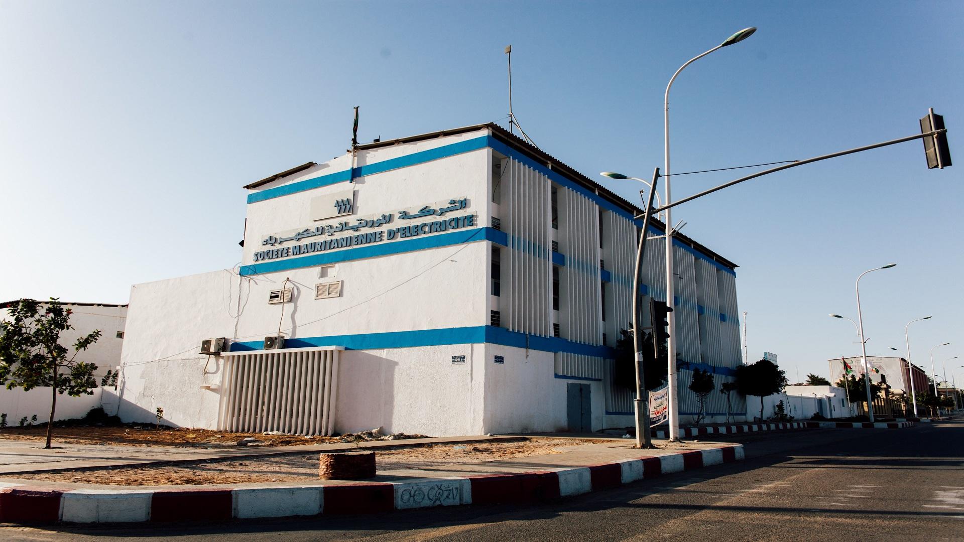 اضطرابات بشبكة الكهرباء في نواكشوط بسبب تجارب الخط العالي وصوملك تعتذر